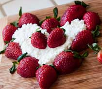 strawberries and cottage cheese